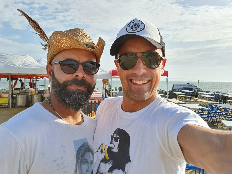 Tarek avec son ami Basti