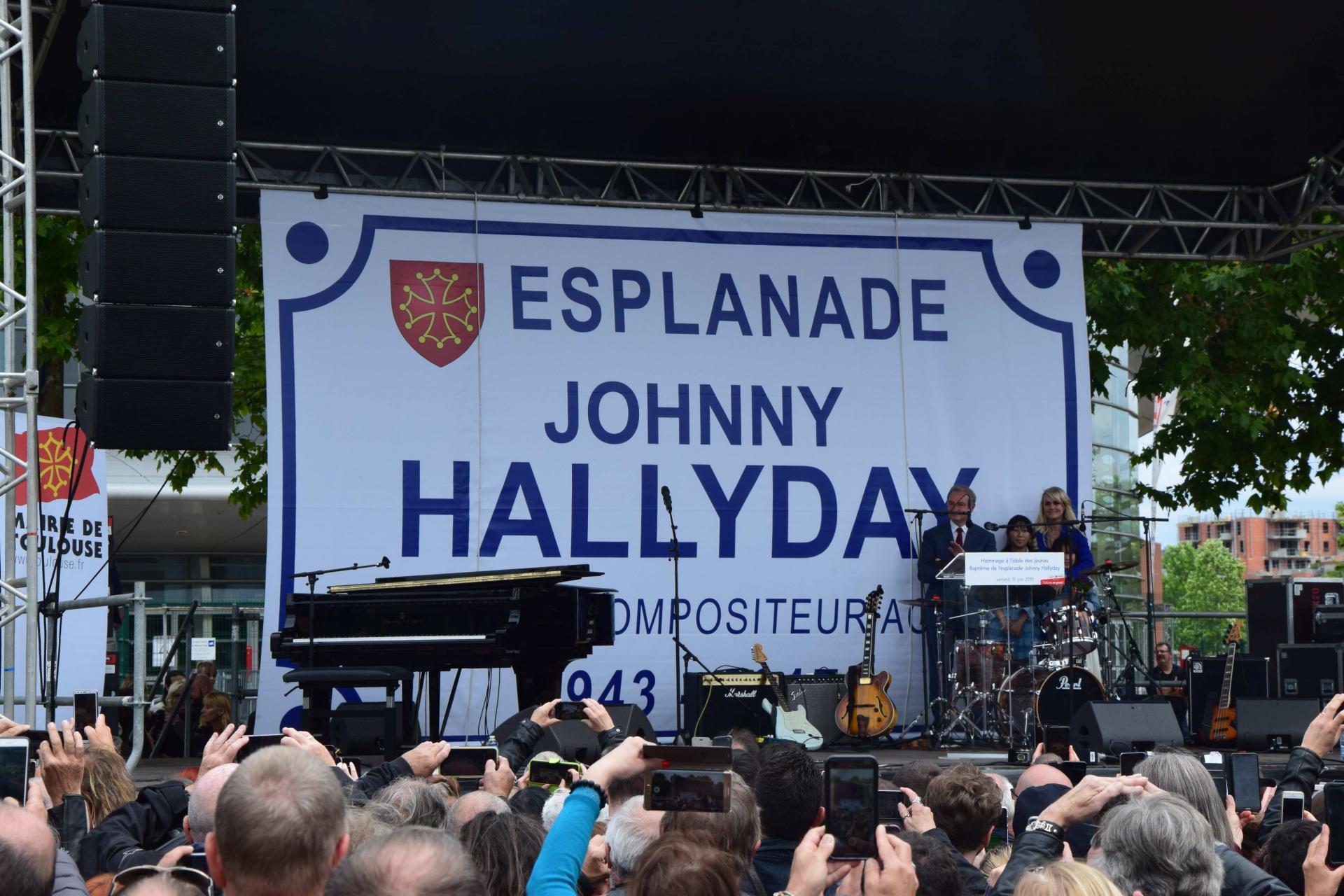 LAETITIA, inauguration de l'esplanade Johnny Hallyday